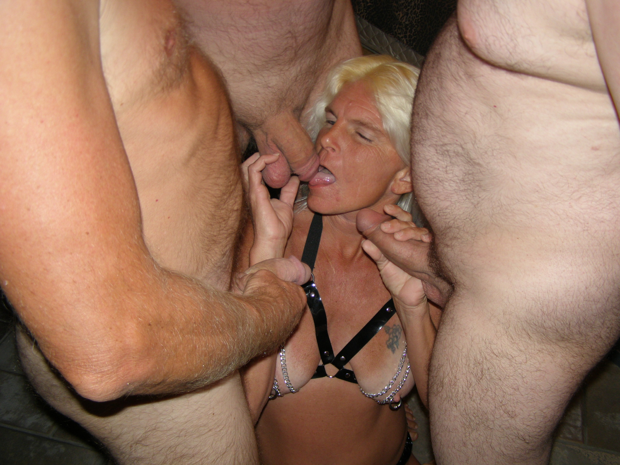 Real amateur slut wife gangbang